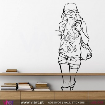 """LOVE ♥ ME"" - Wall stickers - Wall Decal - Viart -1"