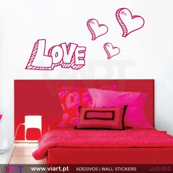 LOVE com 3 corações! - Vinil Autocolante Decorativo! Decoração Parede - Viart -1