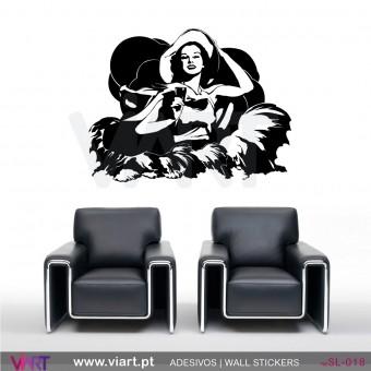 Mulher dos anos 60 - Vinil Autocolante Decorativo! Decoração Parede - Viart -1