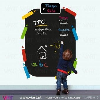 Kids Blackboard with 8 pencils - Wall Sticker