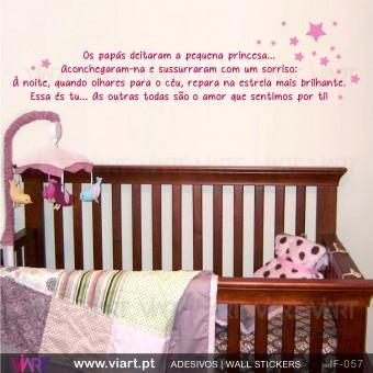 Os papás e a pequena princesa! - Vinil Autocolante Decorativo! Decoração quarto Bebé - Viart -1