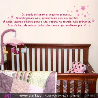 Os papás e a pequena princesa! - Wall stickers - Baby room decoration - Viart -1