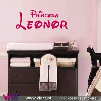 Nome da Princesa Personalizável. Vinil Decorativo Parede! Decoração em vinil adesivo - Viart 1