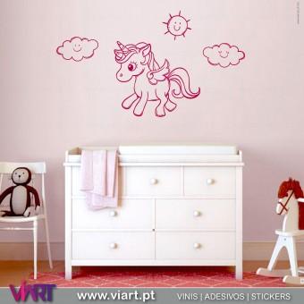 https://www.viart.pt/417-1883-thickbox/viart-unicornio-com-asas-vinil-decorativo-adesivo-parede-infantil.jpg